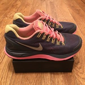 NIKE LunarGlide 4 Women's Running Shoes (used)